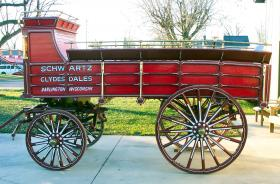 Swartz Clydesdales Hitch Wagon